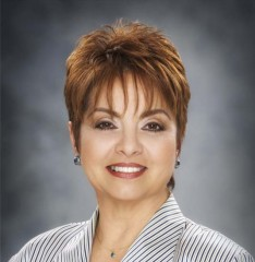 Lehman College Foundation Chair Myrna Rivera Recognized by WealthManagement.com