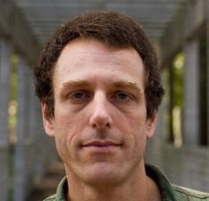 Lehman Physicist Named Outstanding Referee of Peer-Reviewed Journals