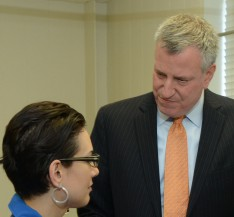 Mayor de Blasio Visits Lehman's Nursing Lab
