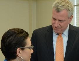 Mayor de Blasio Visits Lehman's Nursing Lab