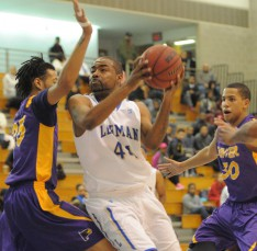 The Men's Basketball Squad Will Battle Staten Island in the ECAC Championships