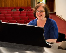 Lehman Professor Honored for Her Commitment to Collaborative Teaching