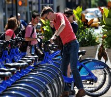 A new article co-authored by a Lehman College professor finds that more than eighty-five percent of Citi Bike riders in New York City do not wear a helmet as they navigate city streets.