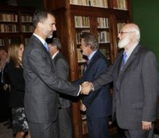 Professor Gerardo Piña-Rosales (Dept. of Languages and Literature) was invited to the presentation of the 23nd edition of the Dictionary of the Spanish Language at the Royal Spanish Academy in Madrid, Spain, where he met the King Felipe VI of Spain.
