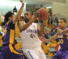 The Lehman College men's basketball team saw its CUNY Athletic Conference Championship run come to an end, as the No. 3 Lightning fell to No. 2 Brooklyn in the CUNYAC Semifinals, 80 -70, at the Nat Holman Gym on the campus of the City College of New York, on Wednesday evening. The Bulldogs will take [...]